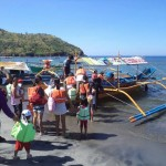 People in the queue to a big bangka